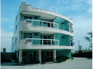 Construção edifício residencial com fachada em granito e pastilha