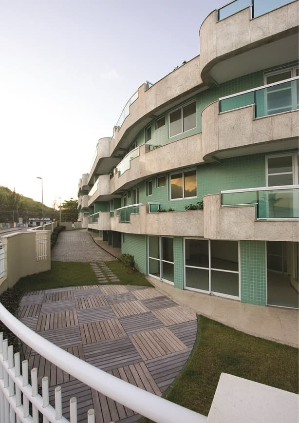 construcao-edificio-residencial-fachada-jardim